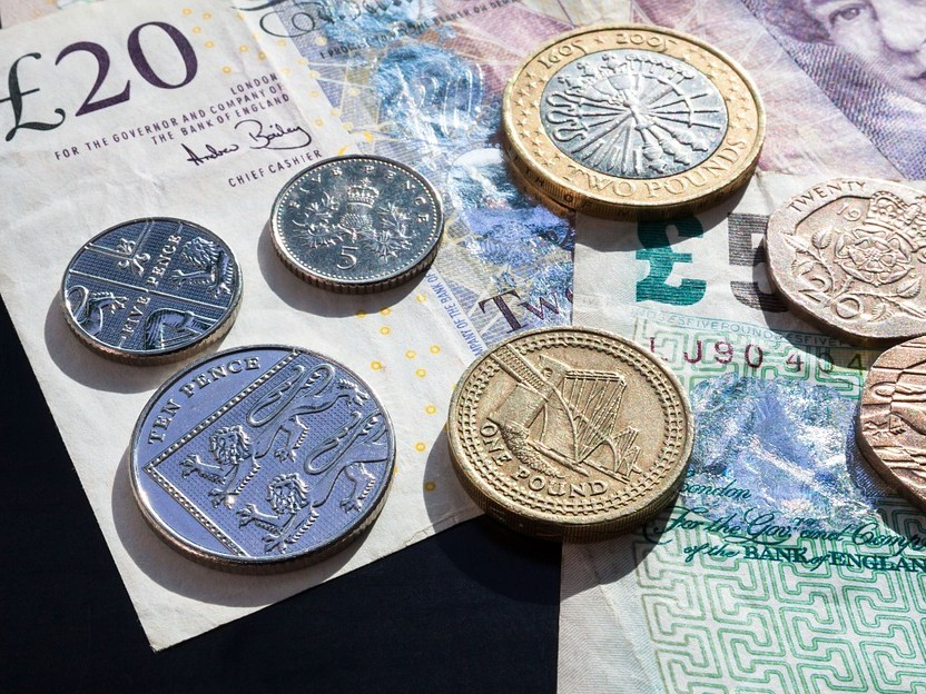 HMRC pulls in £737m as payroll errors continue