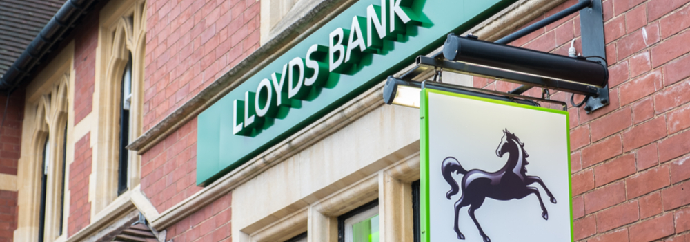 deloitte poised to replace pwc as lloyds u0026 39  auditor amid big
